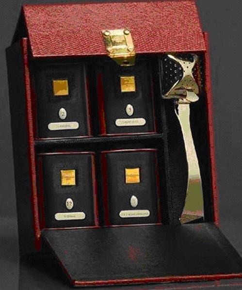 Чай Dammann / Дамман (красный цвет ) (Чай в подарочной упаковке: 4 банки по 30 гр. и ситечко).